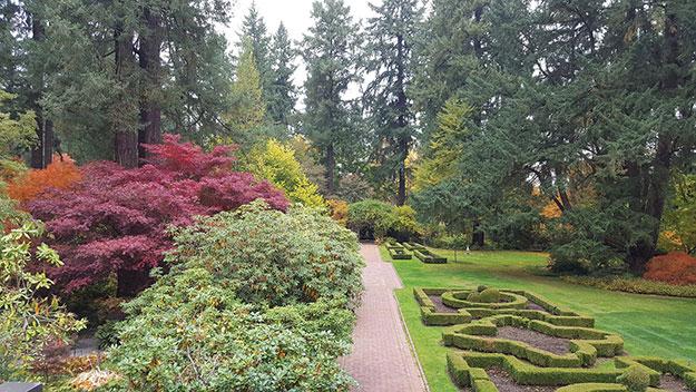 Masterful Local Garden Designs Elevate Natural Northwest Beauty